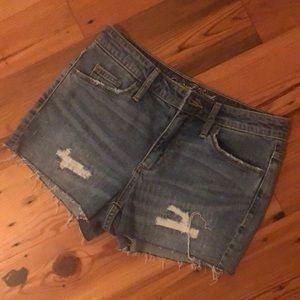 Universal Thread cut off jean shorts 2 NWOT